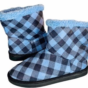 Vera Bradley Blue Black Check Slippers